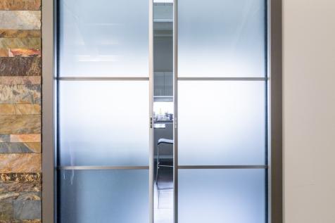 porta vetro alluminio bergamo
